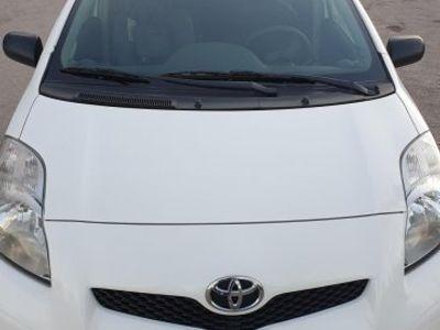 brugt Toyota Yaris 5-dörrar 1.4 D-4D 90hk -10