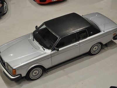 begagnad Volvo 262 Bertone