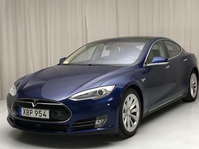 begagnad Tesla Model S 85D