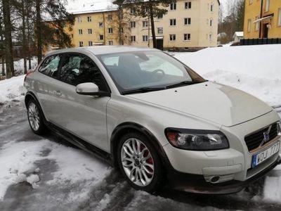 begagnad Volvo C30 Momentum T5 220hk