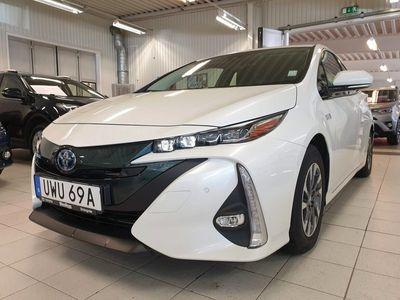 begagnad Toyota Prius Plug-in Hybrid 1.8 Executive / 5-Sits / Navi / V-hjul