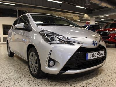 begagnad Toyota Yaris 1,5 HSD 5-D HYBRID ACTIVE
