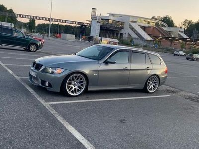 begagnad BMW 335 i Touring Steg 2+