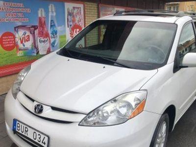 begagnad Toyota Sienna XLE AWD -08
