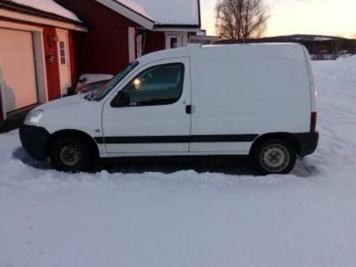 begagnad Peugeot Partner 2,0 HDI -03