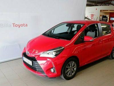 begagnad Toyota Yaris Verso Yaris 1.5 Manuell Active Backkamera 2017, Kombi Pris 109 500 kr