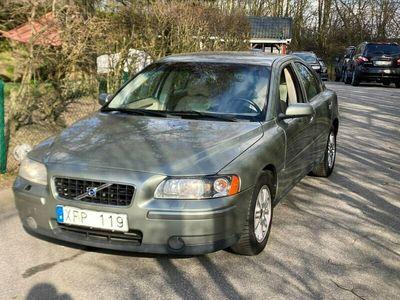 begagnad Volvo S60 2.4 Kinetic 140hk