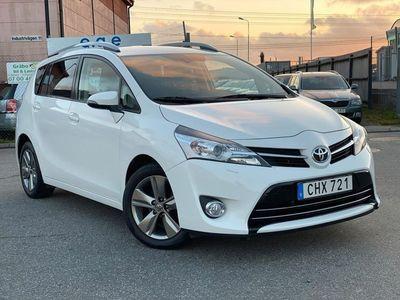 begagnad Toyota Verso 1.6 7-SITS 8800MIL 1-ÄG 1-ÅR GRN