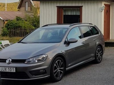 begagnad VW Golf SportsCombi 1.4 R-line,