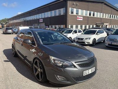 begagnad Opel Astra 1.4 Turbo 140hk Lågmil Kanonskick