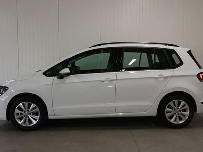 begagnad VW Golf Sportsvan 1.0 TSI -20