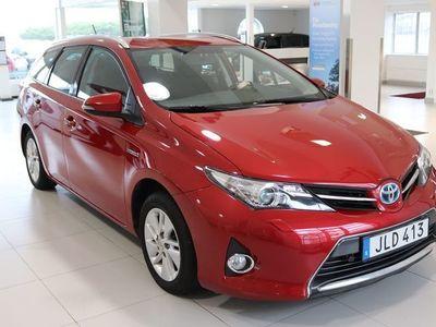 begagnad Toyota Auris Touring Sports 1,8 HYBRID HSD ACTIVE NAV M-VÄRMARE