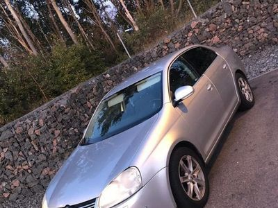 begagnad VW Jetta 2.0 FSI, ny besiktad