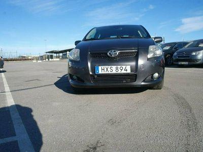begagnad Toyota Auris 5-dörrar 2.2 D-4D D-CAT 177hk