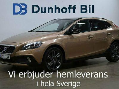 begagnad Volvo V40 CC T5 AWD Summum 254hk Drag Värmare Nav