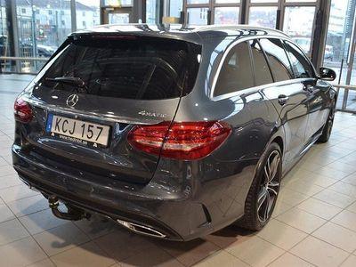 begagnad Mercedes C220 d 4-MATIC // AMG Line // Dragkrok