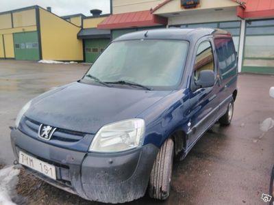 begagnad Peugeot Partner 2,0 HDI rep objekt -03