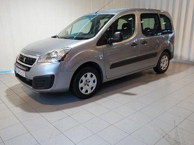 begagnad Peugeot Partner Tepee 1.6 PureTech 110hk