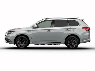 begagnad Mitsubishi Outlander P-HEV 2.4 Laddhybrid 4WD S-Edition