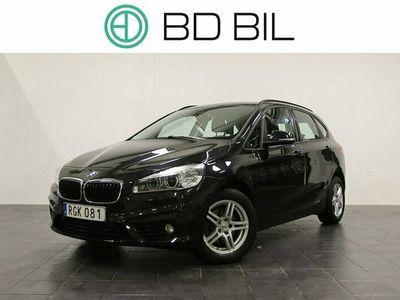 begagnad BMW 218 d SPORTS TOURER AVDRAGBAR MOMS DRAG SV-SÅLD PDC