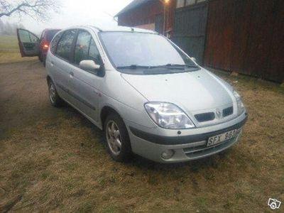 begagnad Renault Scénic hel eller i delar -01