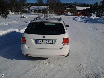 begagnad VW Golf Variant 1,6 TDI 105 BMT DSG -12