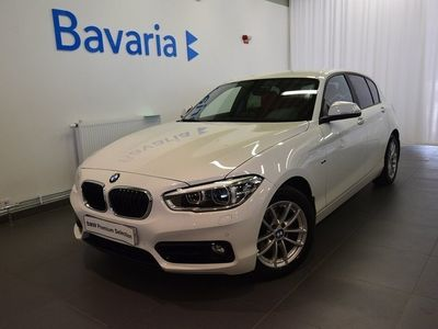 begagnad BMW 120 d xDrive 5-dörrars 5d Sport line Automat Skinn