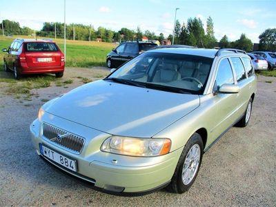begagnad Volvo V70 2,4 Kinetic. Ny kamrem 170hk