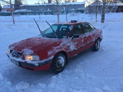 gebraucht Audi 80 2,0 E behöver ny ägare. -92