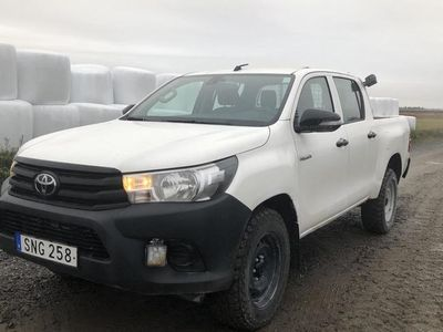begagnad Toyota HiLux 2.4 D 4WD