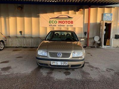 begagnad VW Bora 1.6 Comfort 105hk -01