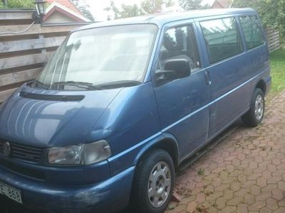 begagnad VW Caravelle 2,5 tdi -97