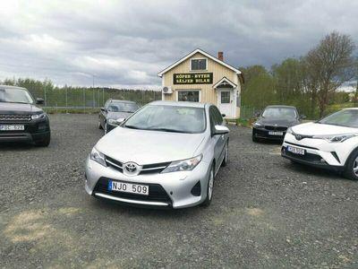 begagnad Toyota Auris E15UT(A)