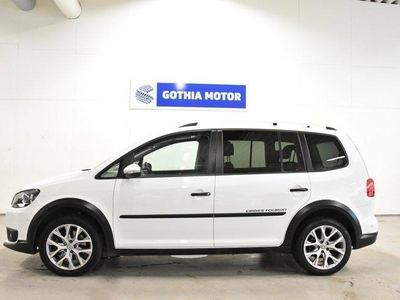 begagnad VW Touran Cross 1.4 TSI 7-sits 140hk / -15