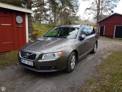used Volvo V70 Momentum Aut. FWD -10