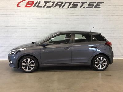 gebraucht Hyundai i20 1.4 101hk Premium 2 färgad inredning