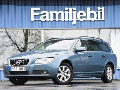 begagnad Volvo V70 II D5 AWD (215hk) Automat/Drag/Navi/Momentum/Sv-Såld