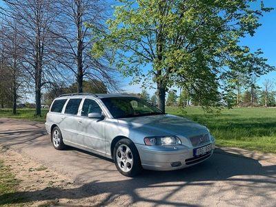 begagnad Volvo V70 Svensksåld, GPS, Skinn, Drag. Automat
