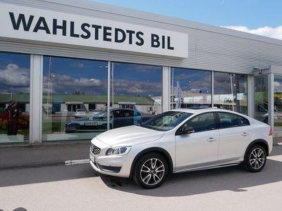 begagnad Volvo S60 CC AWD D4 190 hk Summum Sol/Nav/Backkamera