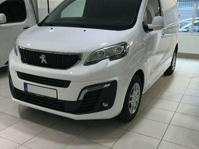 begagnad Peugeot Expert PRO L1 BlueHDi 180 EAT8 2021, Transportbil Pris 360 375 kr