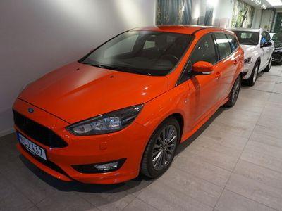 begagnad Ford Focus Kombi 1.0 125 ST-Line