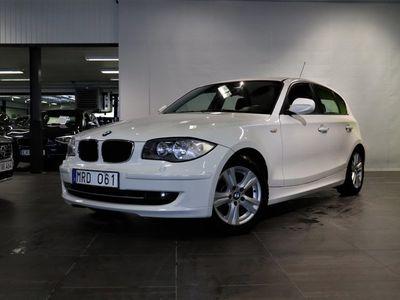 begagnad BMW 116 d | 5-door | Manuell | Comfort | S&V | M-ratt | Full serv | h 2011, Personbil 64 900 kr