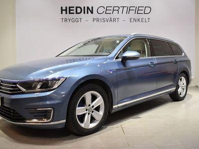 begagnad VW Passat SportCombi 1,4TSI 218 hk GTE plug in hybrid Skinn Drag