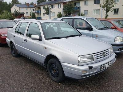 begagnad VW Vento 2,0 Nybes Nyservad 1 ägare l -97