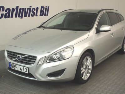 begagnad Volvo V60 AWD D4 163HK 4x4 Momentum DE Aut -13