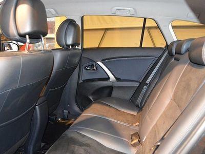 begagnad Toyota Avensis 1.8 Kombi Edition Feel Kombi