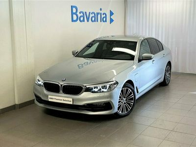 begagnad BMW 530 e xDrive iPerformance Sedan Sport Nav HiFi Tonade Rutor Nypris 611 500 Kr