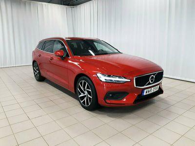 begagnad Volvo V60 D3 Momentum Advanced SE II, Garanti 24 månader, On Call, Navigation, Panoramaglastak, Keyless Entry & Start, Dragkrok halvautomatisk