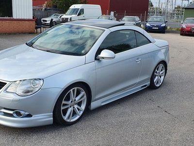 begagnad VW Eos 2.0 FSI CAB PANORAMA UNIK
