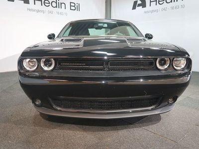 begagnad Dodge Challenger SXT V6 309 Hk